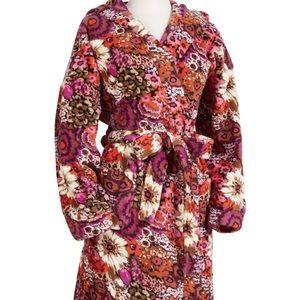 VERA BRADLEY Rosewood hooded fleece robe